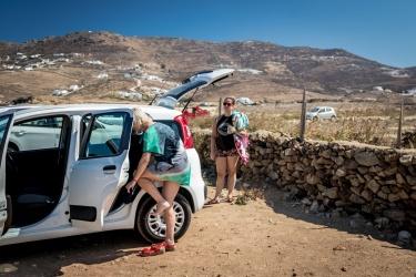 Půjčeným autem na Ftelia beach