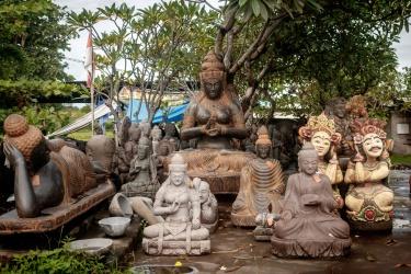 Obyčejná prodejna soch