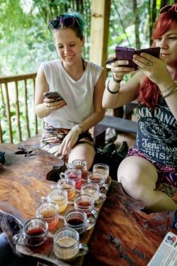 Zázvorové čaje a různé druhy káv