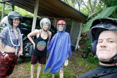 Nepřestalo pršet, ale dali jsme to v tropickém lejáku