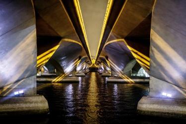 Most - tady se jezdí F1