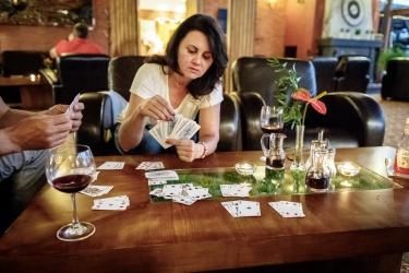 Dáme karty