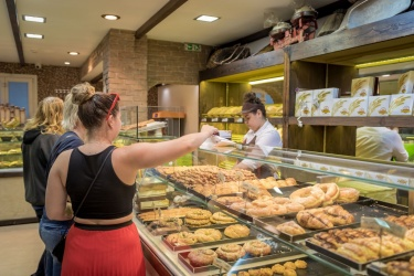 A ještě chleba do nonstop pekárny